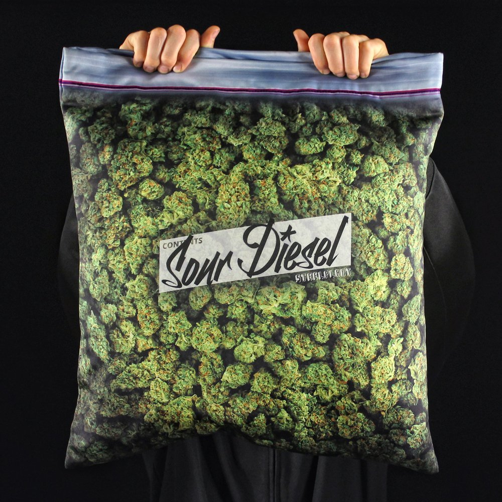 cannabis pillowcase.jpg1