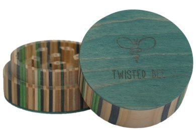 Twisted Bee 2 Piece Wooden Grinder