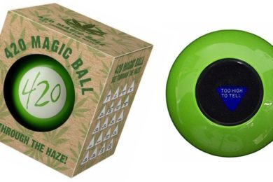 420 Magic Ball: Fortune Telling For Stoners