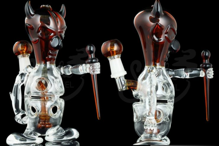 Devil themed concentrate rig