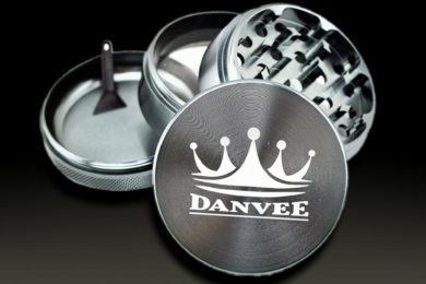 DANVEE Grinder: 2.5 Inch Premium Weed Grinder